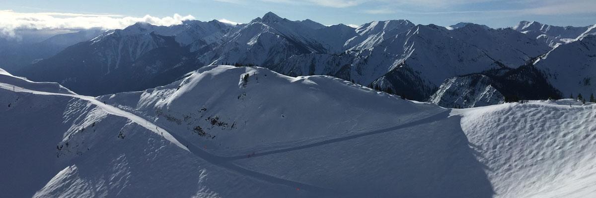 Snowboarding in Kickinghorse